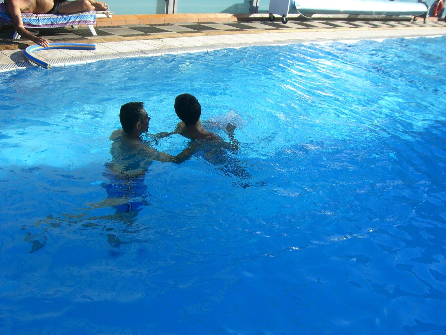 attività piscina